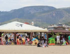 Chiringuito En Playa Castelldefels